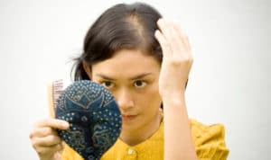 Calvicie Femenina: Ellas pierden más que cabello